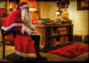 Christkindmarkt -Weihnachtsmann in seiner Stube